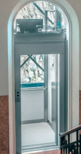 SELE-SNG-Commercial-Lift-